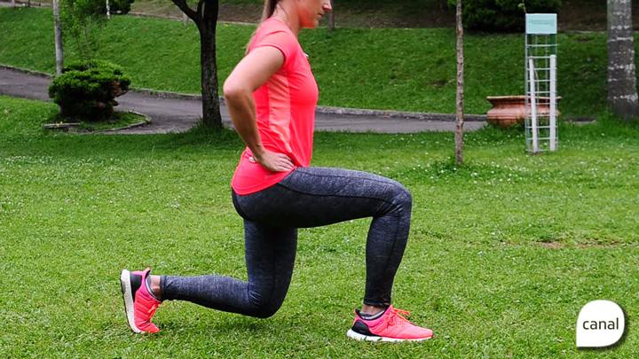 Quatro exercícios para coxas e glúteos que podem ser feitos em qualquer lugar