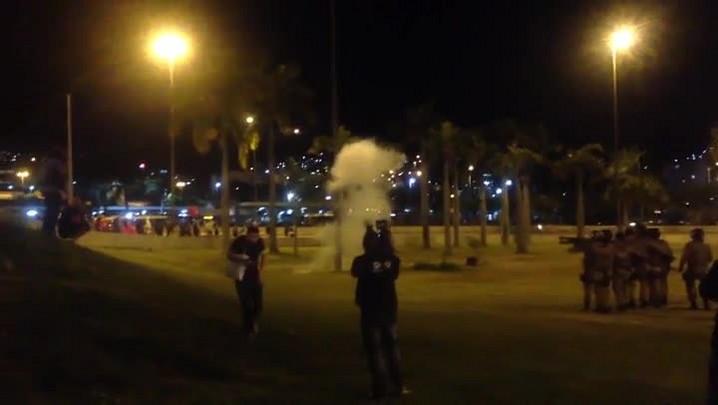 Protesto na Capital tem confronto entre manifestantes e PM