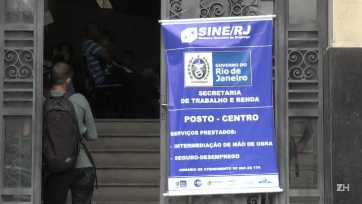 Desemprego no Brasil sobe ao nível recorde de 12%