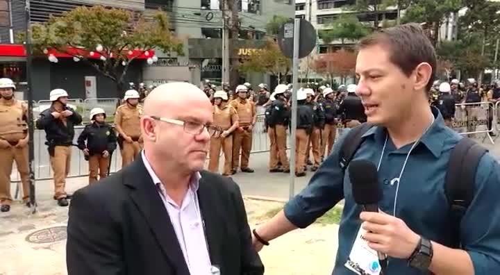 """Direto de Curitiba: \""""É só um depoimento\"""", avalia Rafael Martini"""
