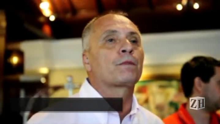 Vice de futebol do Inter comenta saída de Chumbinho