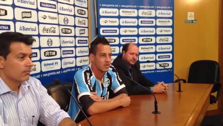Rodriguinho é o novo jogador do Grêmio. 14/04/2014