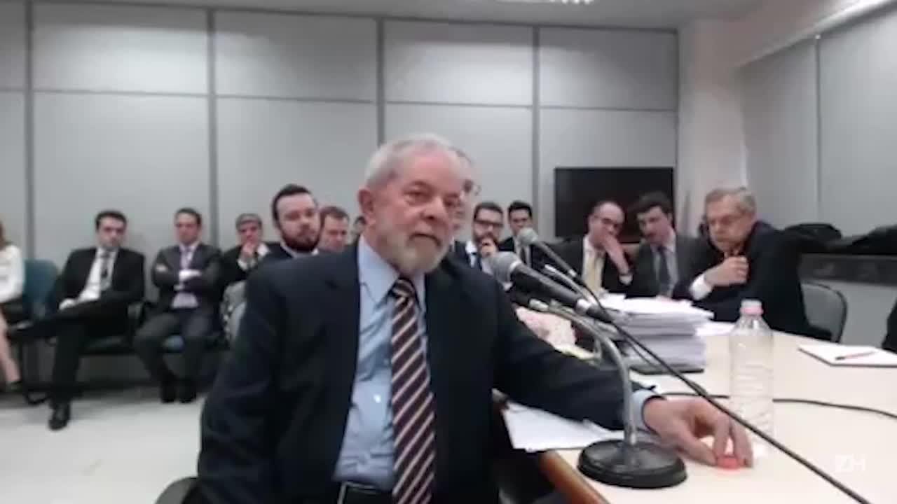 """MPF quer \""""transformar o Lula no PowerPoint deles\"""", diz ex-presidente"""