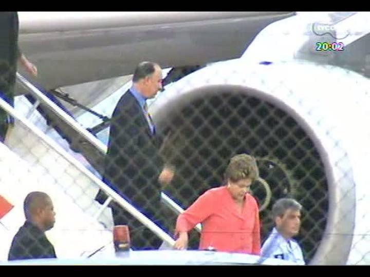 TVCOM 20 Horas - Chegada da presidente Dilma Rousseff em Porto Alegre - Bloco 1 - 10/04/2013