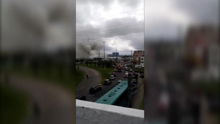 Incêndio atinge loja em Florianópolis