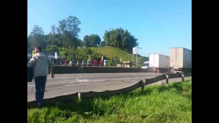 Acidente na BR-101 em Joinville