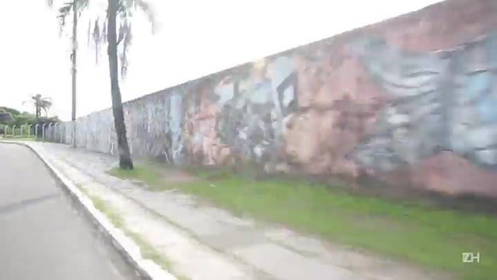 O muro que dividiu Porto Alegre