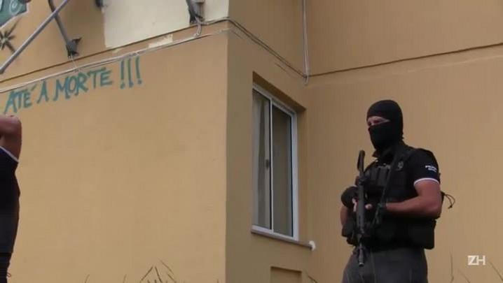 Polícia explica ação ao apagar homenagem a envolvido com tráfico