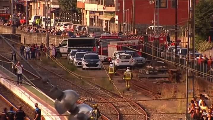 Descarrilamento de trem deixa quatro mortos na Espanha