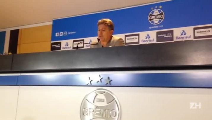 Renato fala sobre opção por escalar Maicon contra o Bahia