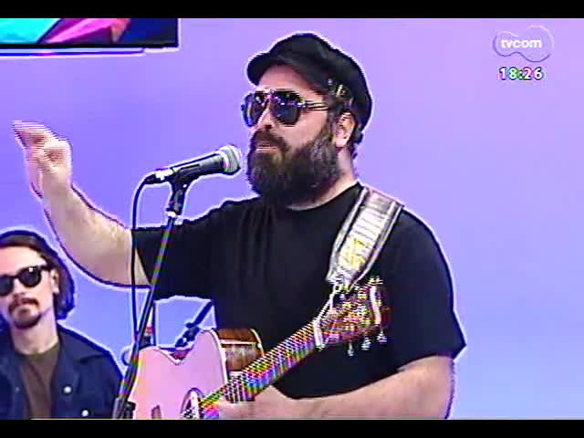 Programa do Roger - Músico Gustavo Telles lança \'Eu perdi o medo de errar\' - blobo 4 - 18/11/2013