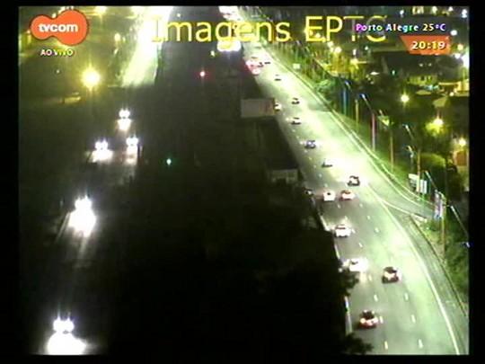 TVCOM 20 Horas - Dez pessoas morrem no trânsito desde o início do feriado de Páscoa - 03/04/2015