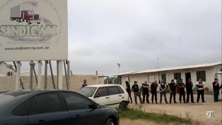 Polícia faz operação em sindicato de Rio Grande