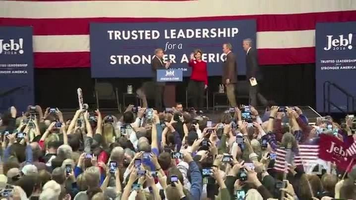 George W. Bush faz campanha pelo irmão Jeb