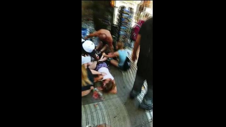 Testemunha registra desespero nas ruas de Barcelona após atentado