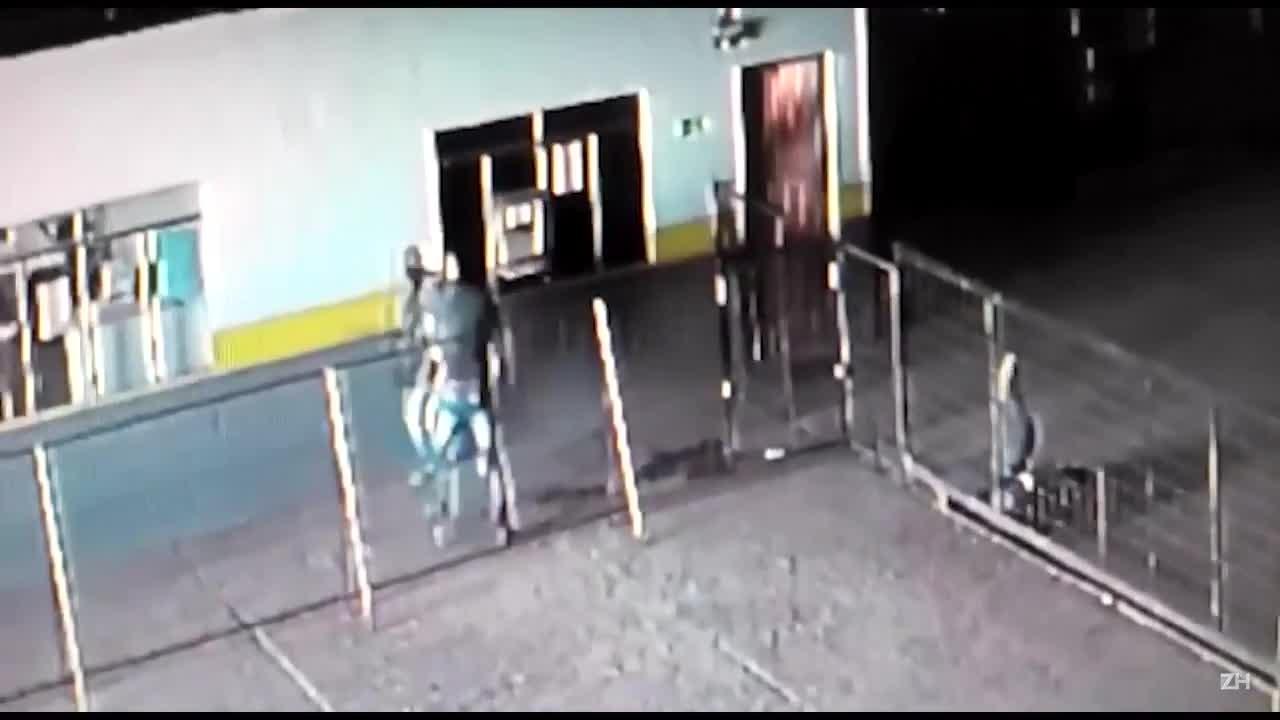 Segurança de empresa atira contra senegaleses na zona norte de Porto Alegre
