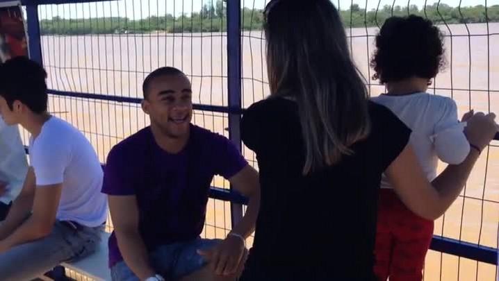 Rádio Gaúcha faz o teste da balsa que liga Triunfo a São Jerônimo. 26/11/2013