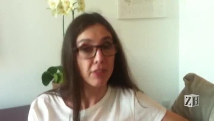 Adriana Calcanhotto concede entrevista ao jornal Zero Hora