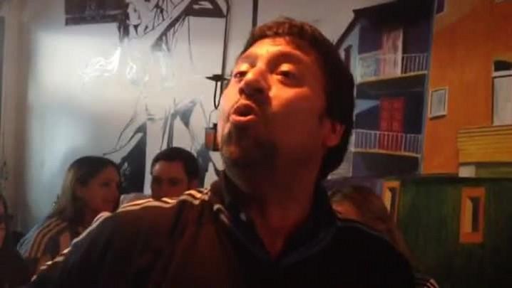 Em Porto Alegre, argentinos cantam antes da semifinal. 09/07/2014