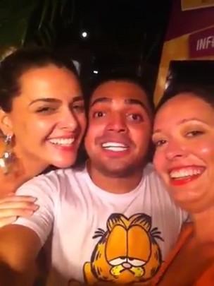 Meninas do NPDL encontram filho de Tiririca em Fortaleza