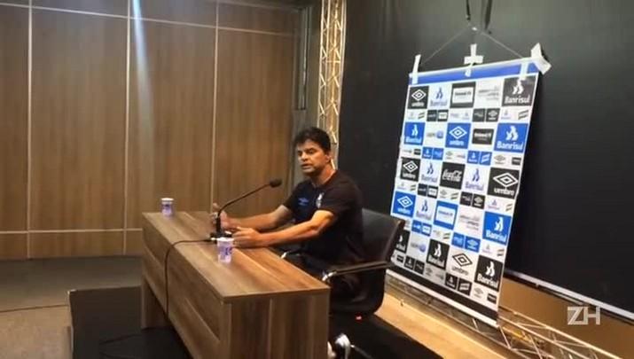 """Alexandre Mendes elogia atuação \""""quase perfeita\"""" do Grêmio"""