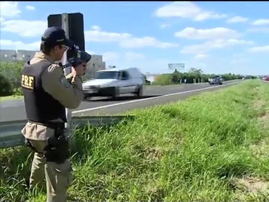 TVCOM 20 Horas - Limites de velocidade podem mudar nas rodovias federais do estado - Bloco 1 - 25/09/2014