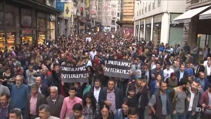 Governo turco suspeita de suicidas