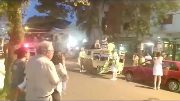 MBL faz protesto em frente ao apartamento de Dilma na Capital