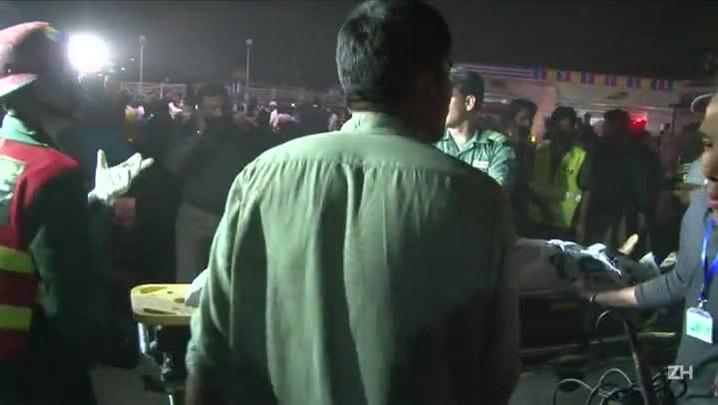 Atentado no Pasquistão deixa dezenas de mortos