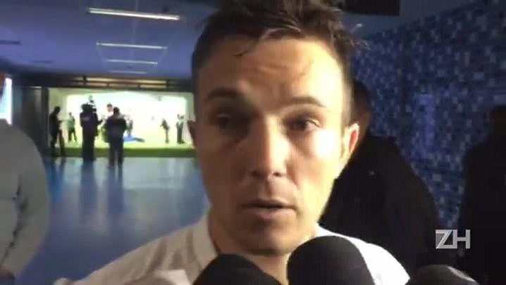 Dagoberto se irrita com repórter após Grêmio x Vitória