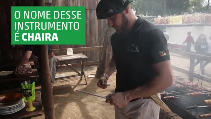Como afiar a faca com uma chaira