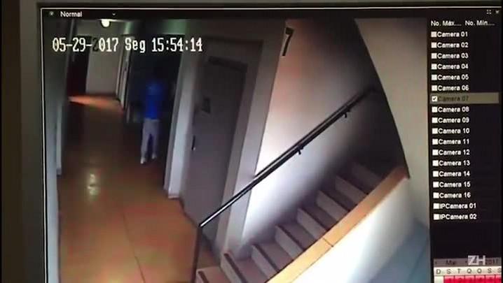 Funcionários do Mensageiro da Caridade, que aparecem em vídeo quebrando, sofá foram demitidos