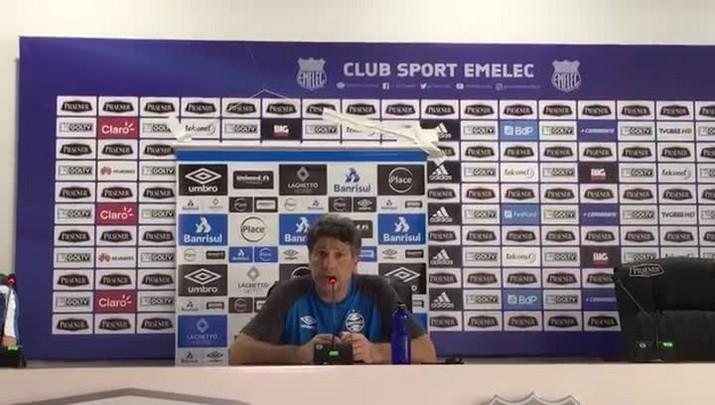 Renato faz mistério sobre escalação do Grêmio