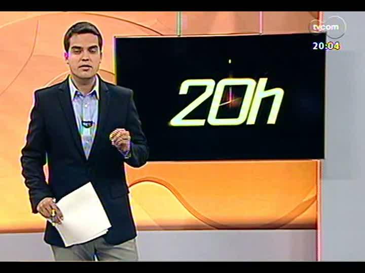 TVCOM 20 Horas - 22/01/2013 - Bloco 1 - Mão, filho e assaltante morrem em tiroteio após assalto em lancheria em Porto Alegre