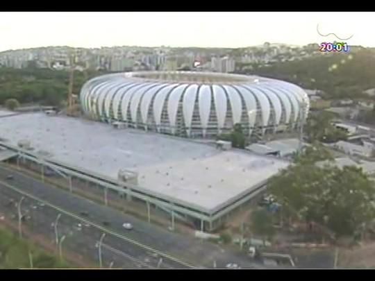 TVCOM 20 Horas - Internacional e poder público divergem sobre pagamento de estruturas temporárias do Beira-Rio - Bloco 1 - 14/02/2014