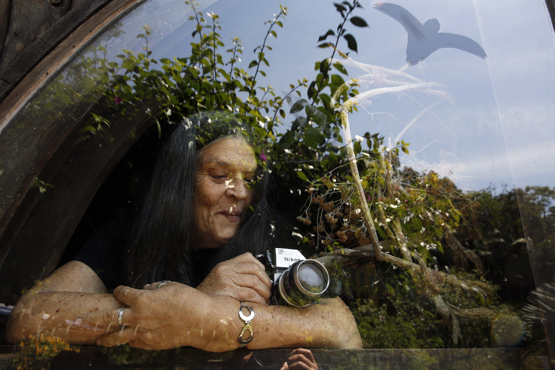 A arte de Dulce Lee, a primeira fotógrafa mulher do automobilismo brasileiro