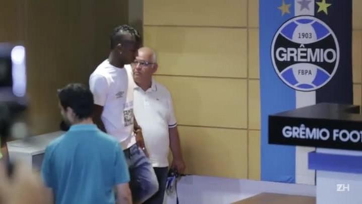 A apresentação de Bolaños no Grêmio