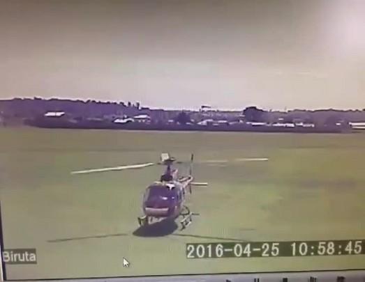 Helicóptero dos bombeiros Arcanjo 3, de Blumenau, sofre acidente em Curitiba