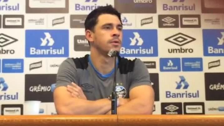 Giuliano fala sobre o estilo de jogo do garoto Jaílson