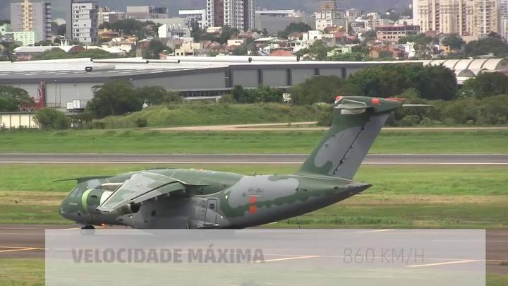 Um gigante no céu de Porto Alegre