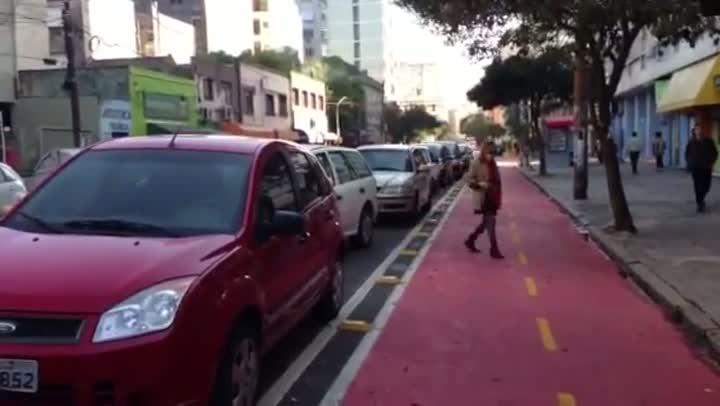 Ciclovia é inaugurada no bairro Cidade Baixa, na Capital. 08/06/2013