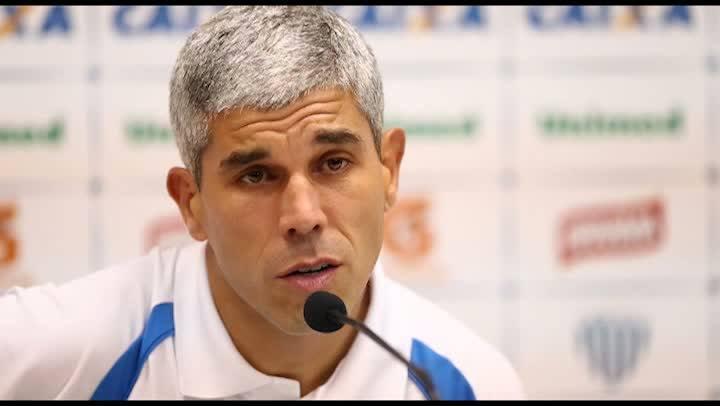 Ricardinho se despede do Avaí e agradece apoio durante o tempo que foi técnico do time