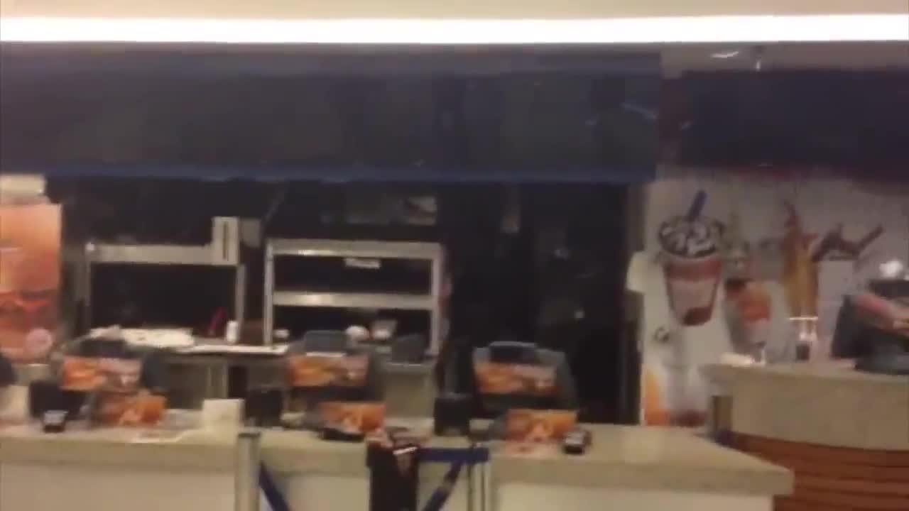 Incêndio atinge o shopping Iguatemi; Confira imagens do local. 10/11/2013