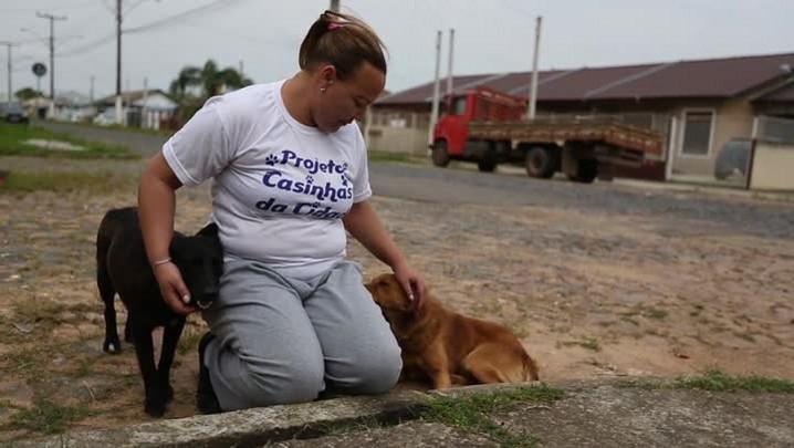Caminho do Bem: vigilante é protetora dos animais em Cachoeirinha