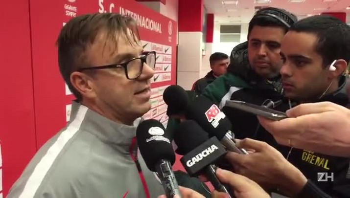 """Carlos Poisl fala sobre Paulão: \""""Para por sete dias\"""""""