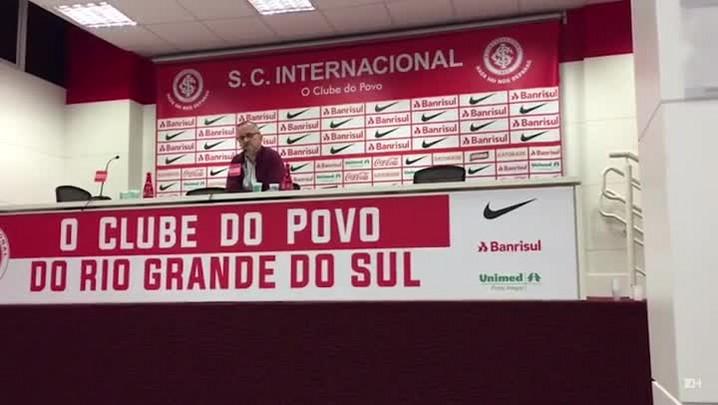 "\""Mesmo com a dificuldade, temos que comemorar\"", avalia Roberto Melo"