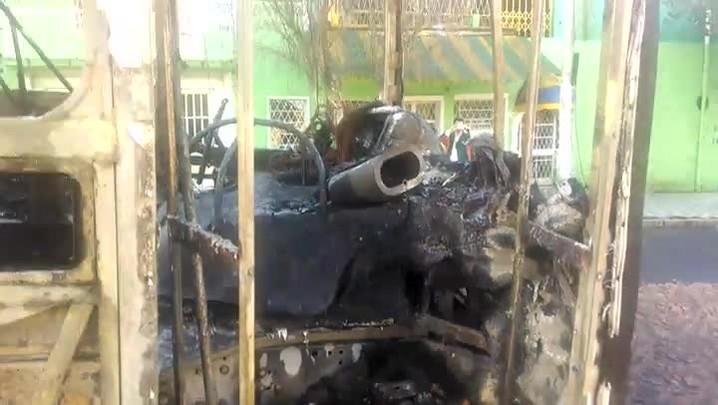 Veja como ficou o ônibus incendiado na Capital
