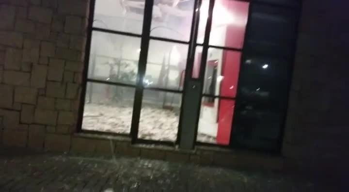 Cinco caixas são arrombados em agência bancária em Joinville