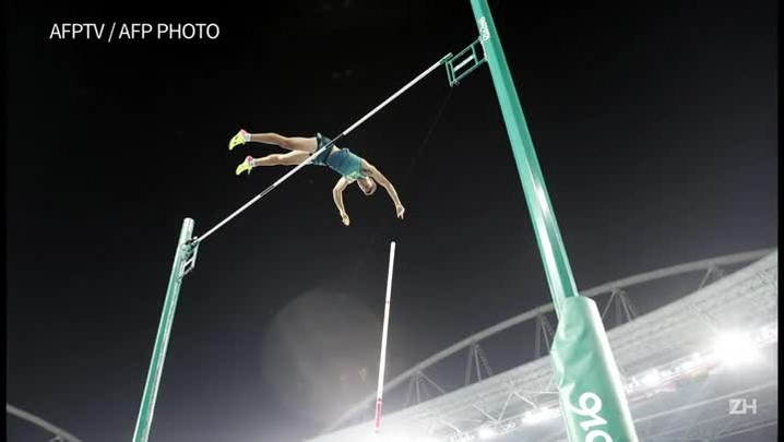 Thiago Braz leva ouro no salto com vara