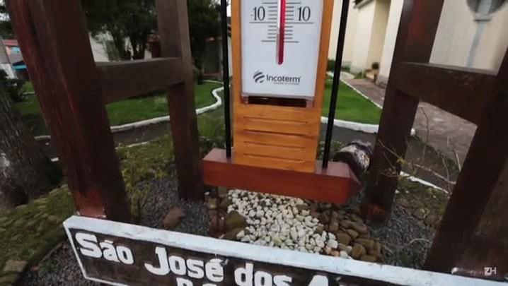 Frio intenso e paisagens intocadas atraem turistas a São José dos Ausentes